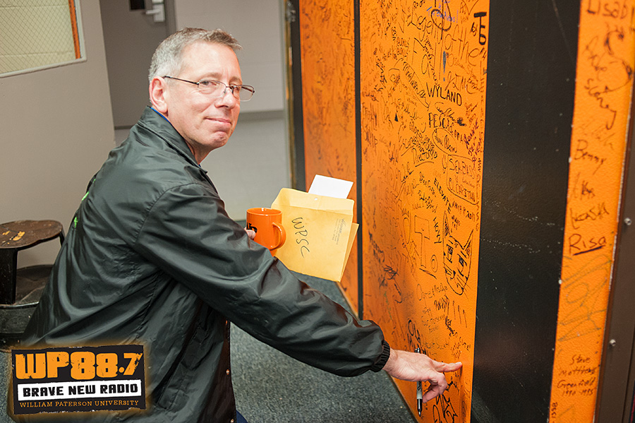 Jimmy Donchez Signs The Wall