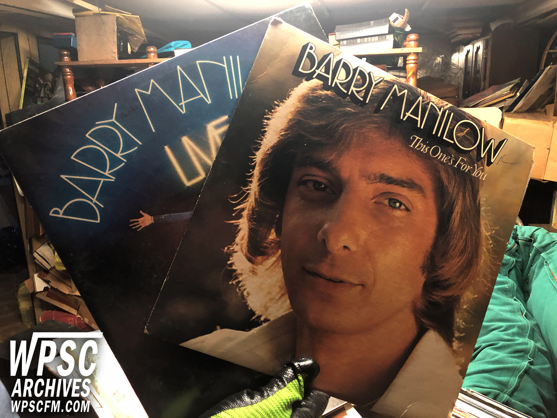 Manilow Lives!
